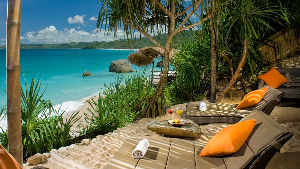 To Call Nihiwatu Off The Beaten Track Would Be A Huge Understatement This Luxury Eco Resort Is Located On One Of Indonesia S Most Undiscovered Islands
