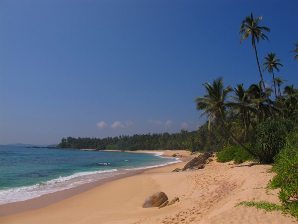 SRI LANKA - beach