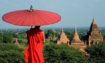 BURMA - Bagan - buddhist monk