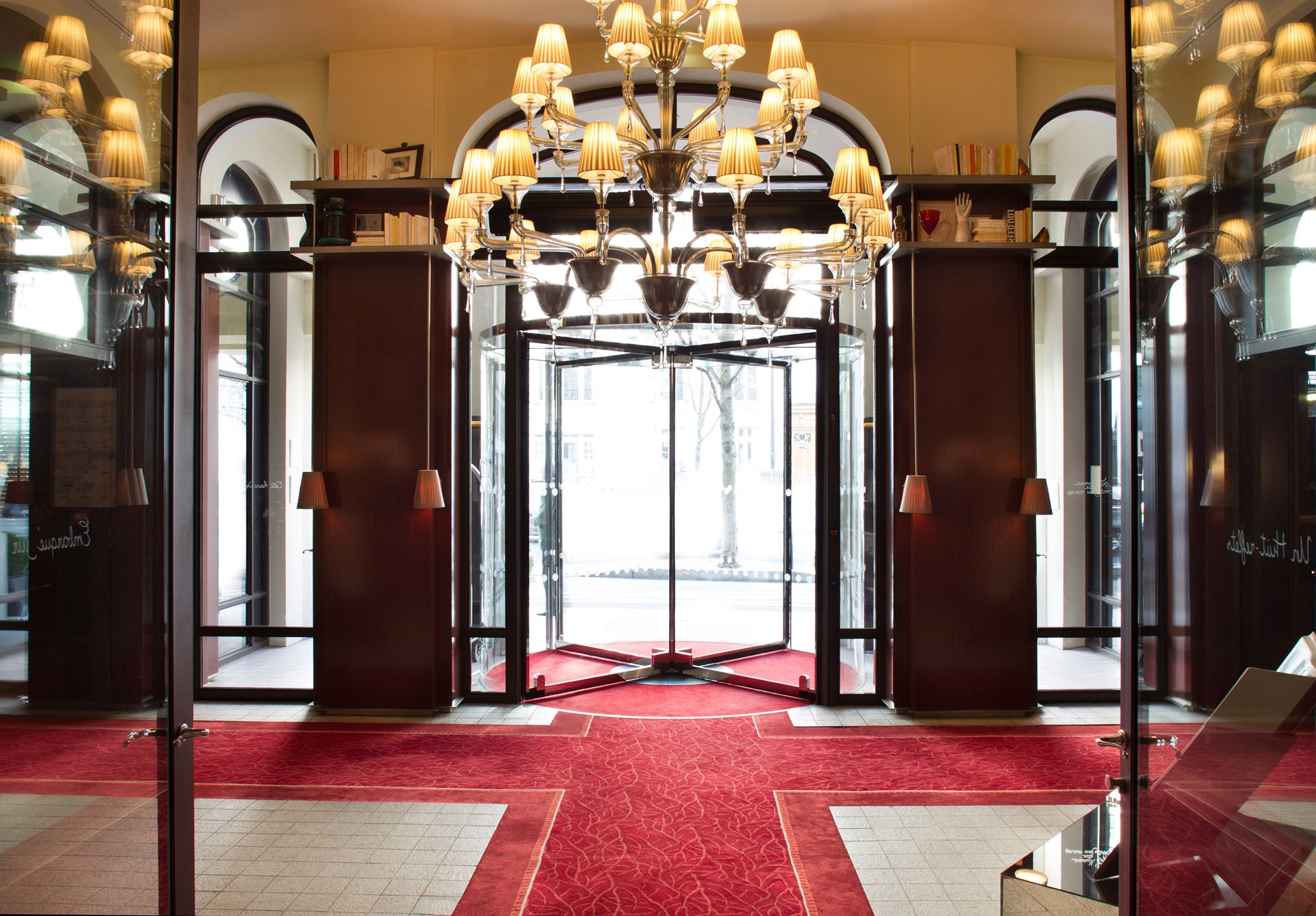 Le Royal Monceau Raffles - Luxury Holidays to Paris, Luxury Hotels ...