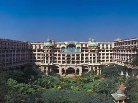 Stay In The Leela Palace Bangalore In Bangalore South India Ampersand Travel